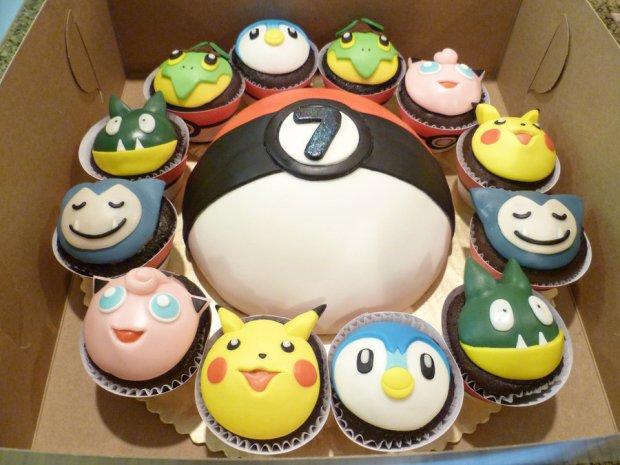 pokemon_cake_and_cupcake_by_peaceandlove69