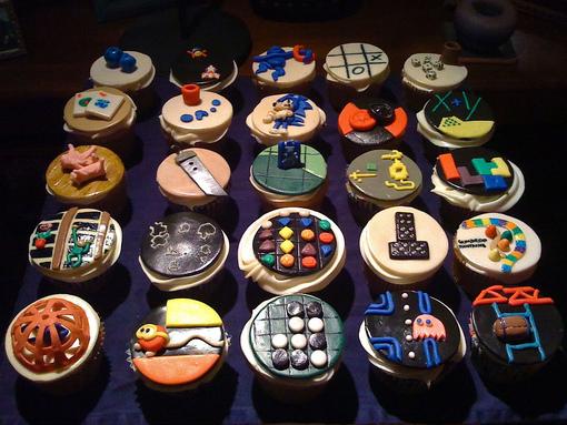 retro game cupcakes