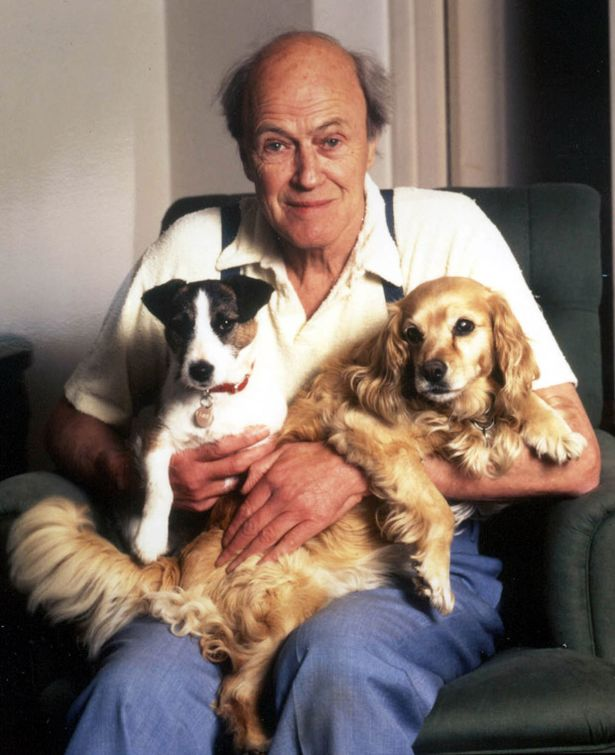 Writer Roald Dahl whose dark tales have thrilled youngsters and adults for two generations-796922