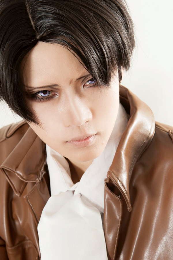Attack on Titan_Shingeki no Kyojin_進撃の巨人_Captain Levi_Levi_Rivaille_Reika Arikawa_Cosplay_Japanese Cosplayer (11)