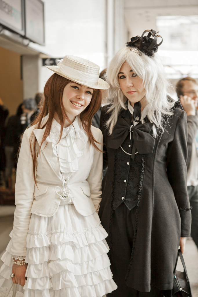 gothic_cosplayers_andywana