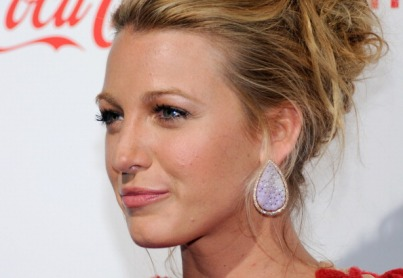 LAS VEGAS, NV - MARCH 31: Actress Blake Lively, recipient of the Breakthrough Performer of the Year award, arrives at the CinemaCon awards ceremony at the Pure Nightclub at Caesars Palace during CinemaCon, the official convention of the National Association of Theatre Owners, March 31, 2011 in Las Vegas, Nevada. (Photo by Ethan Miller/Getty Images)