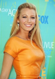 Actress Blake Lively arrives at the 2011 Teen Choice Awards held at the Gibson Amphitheatre on August 7, 2011 in Universal City, California.