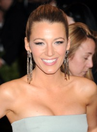 """NEW YORK, NY - MAY 06: Blake Lively attends the Costume Institute Gala for the """"PUNK: Chaos to Couture"""" exhibition at the Metropolitan Museum of Art on May 6, 2013 in New York City. (Photo by Jennifer Graylock/FilmMagic)"""