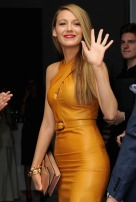 MILAN, ITALY - SEPTEMBER 18: Blake Lively attends the Gucci show as a part of Milan Fashion Week Womenswear Spring/Summer 2014 on September 18, 2013 in Milan, Italy. (Photo by Jacopo Raule/Getty Images)