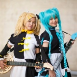 music_cosplayers_guitar