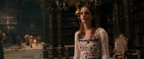 beauty-and-the-beast-2017-trailer-10-belle-library
