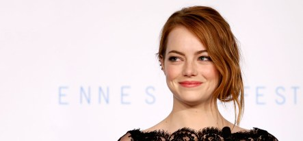 1812_10-pictures-of-emma-stone-without-makeup