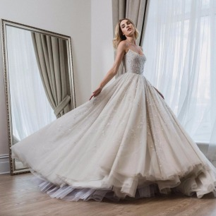 620778_disneyweddinggown