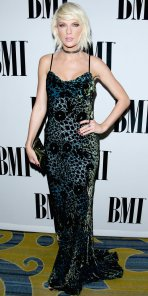 051116-taylor-swift-bmi-embed
