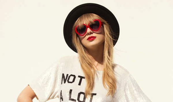 Taylor-Swift-22-music_video-heart-glasses-lolita-img-7