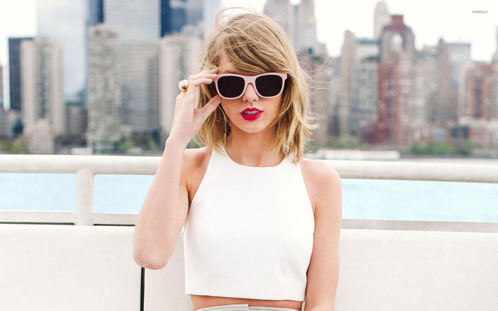 Geek It! Celeb Style Crush: Taylor Swift