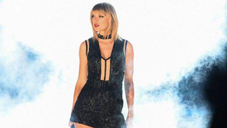 Taylor-Swift-920x518