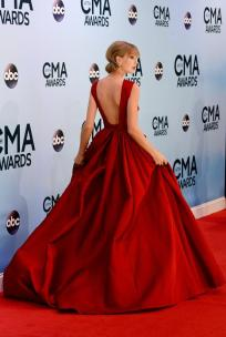 taylor-swift-red-carpet-style-trend-11