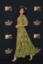 LOS ANGELES, CA - MAY 07: Zendaya attends the 2017 MTV Movie And TV Awards at The Shrine Auditorium on May 7, 2017 in Los Angeles, California. (Photo by Alberto E. Rodriguez/Getty Images)