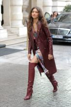 Zendaya-Coleman-Paris-Fashion-Week-Front-Row-Sacai-Tommy-Hilfiger-Tom-Lorenzo-Site-5