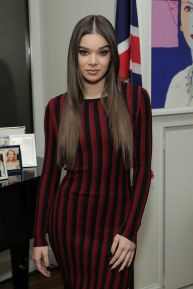 hailee-steinfeld-at-a-conversation-on-trailblazers-women-in-the-workplace-event-in-new-york-11-17-2016_1